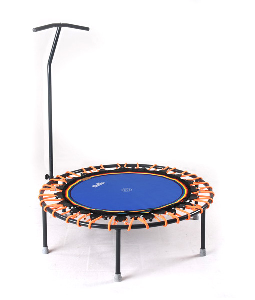 Trimilin-jump Minitrampolin mit Haltestange und Klappbeinen, Sprungmatte blau, Gummikabel orange, mit Vario-System